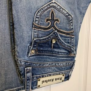 Rock Revival Jeans Rhinestone Buttons & Embroidery